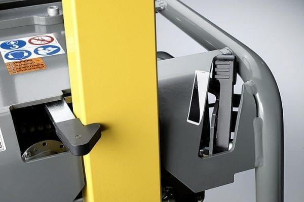 DPU3050H - Vibrating Plate, Manual Start - Diesel