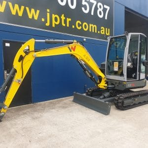 EZ36 Tracked Excavator - Zero Tail Swing - Incl. Easy Lock Hitch