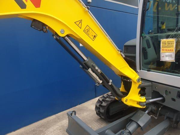 EZ36 Tracked Excavator - Zero Tail Swing - Incl. Easy Lock Hitch