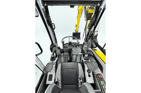 EW65 Wheeled Excavator - Incl. Easy Lock Hitch
